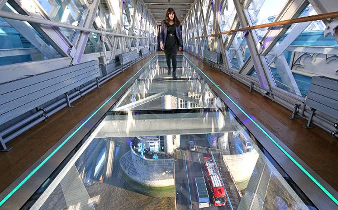 Tower Bridge Glass Floor 2.jpg